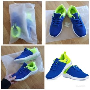 Other - KIDS ATHLETIC TENNIS SHOES